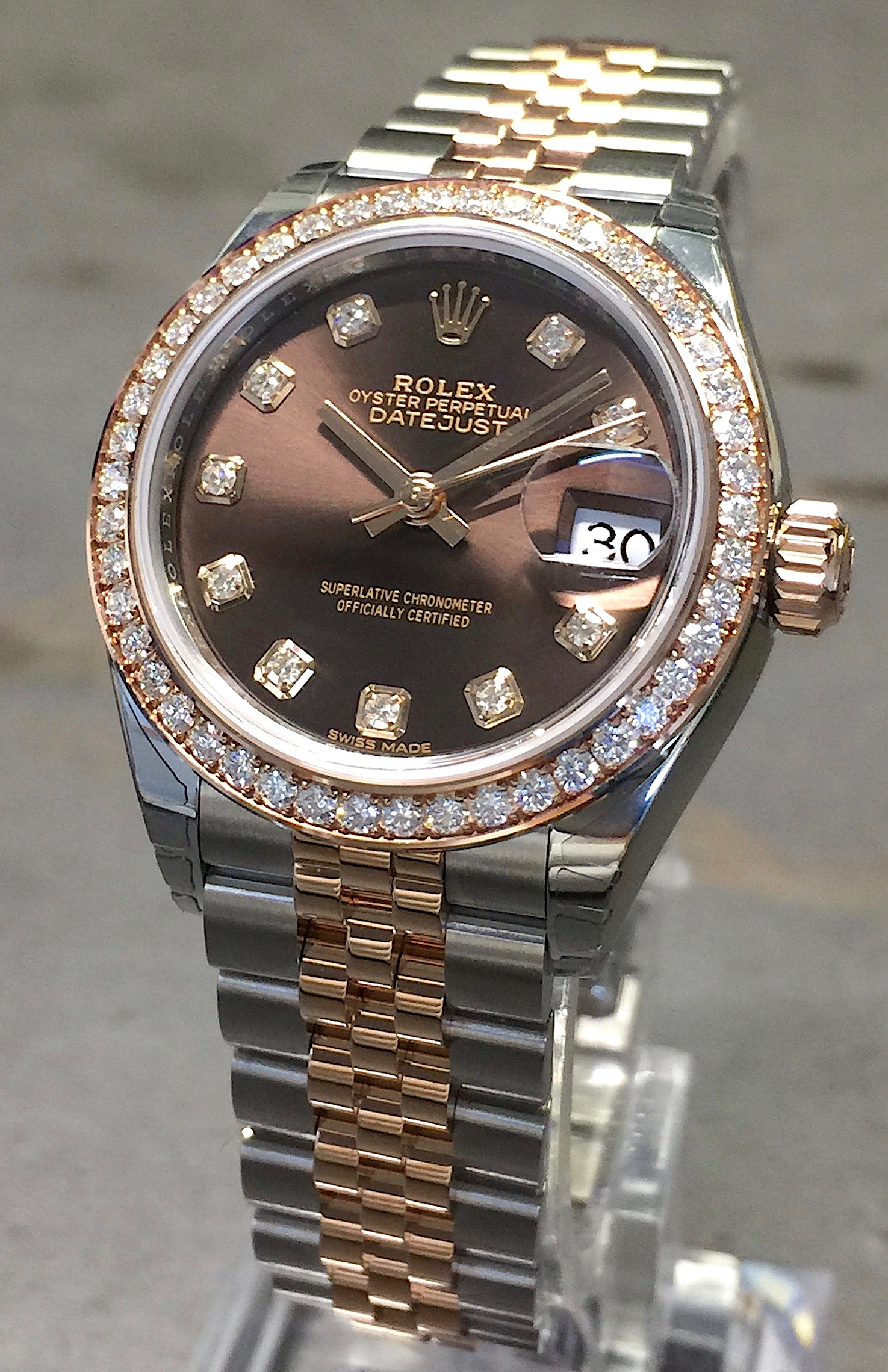 New 2017 Rolex Datejust 28mm 279381 18k Rose Gold Steel